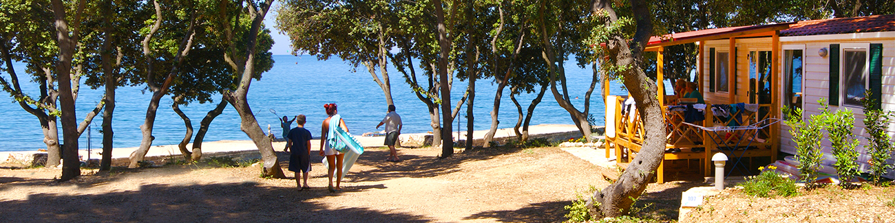 specialist-holidays/campsites-by-the-sea-hero-image